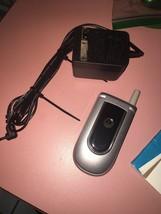 Motorola tfv170p4 Cell Phone - $16.66