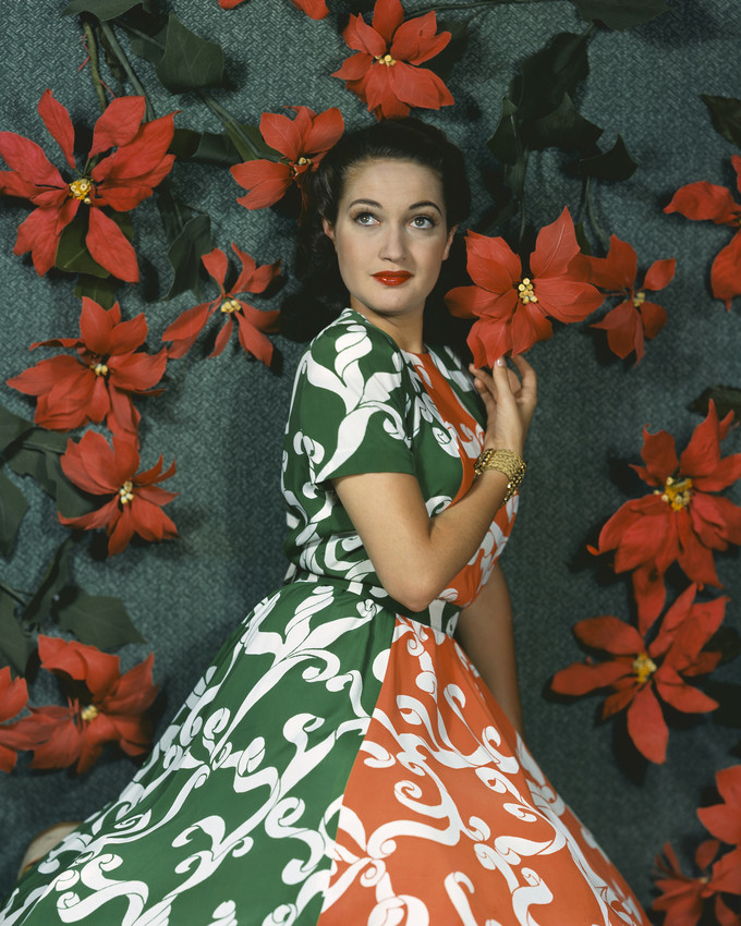 Primary image for Dorothy Lamour colorful dress with bright red flowers behind 16x20 Canvas