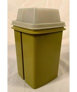 Vintage TUPPERWARE Pick-A-Deli Pickle/Olive Keeper Container Green Avoca... - $8.90