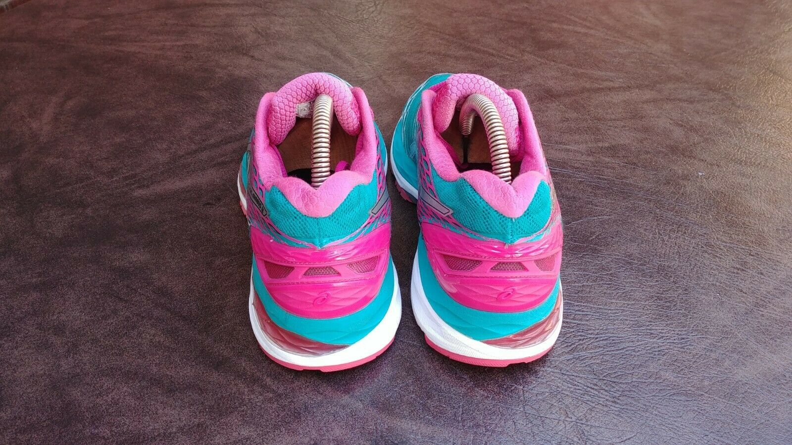 Womens Asics Gel Nimbus 18 Running Shoes SZ 7 Used Sneakers Trainers image 8
