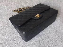 AUTHENTIC NEW CHANEL BLACK CAVIAR QUILTED JUMBO DOUBLE FLAP BAG GOLD HARDWARE image 4