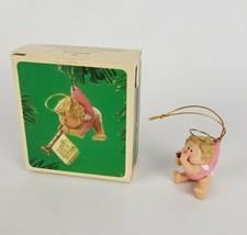 Hallmark 1984 Musical Angel Original Box Christmas Ornament - $15.51