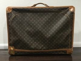 100% Authentic VINTAGE 70's, 80's  LOUIS VUITTON SUITCASE , Monogram, Lo... - $399.00