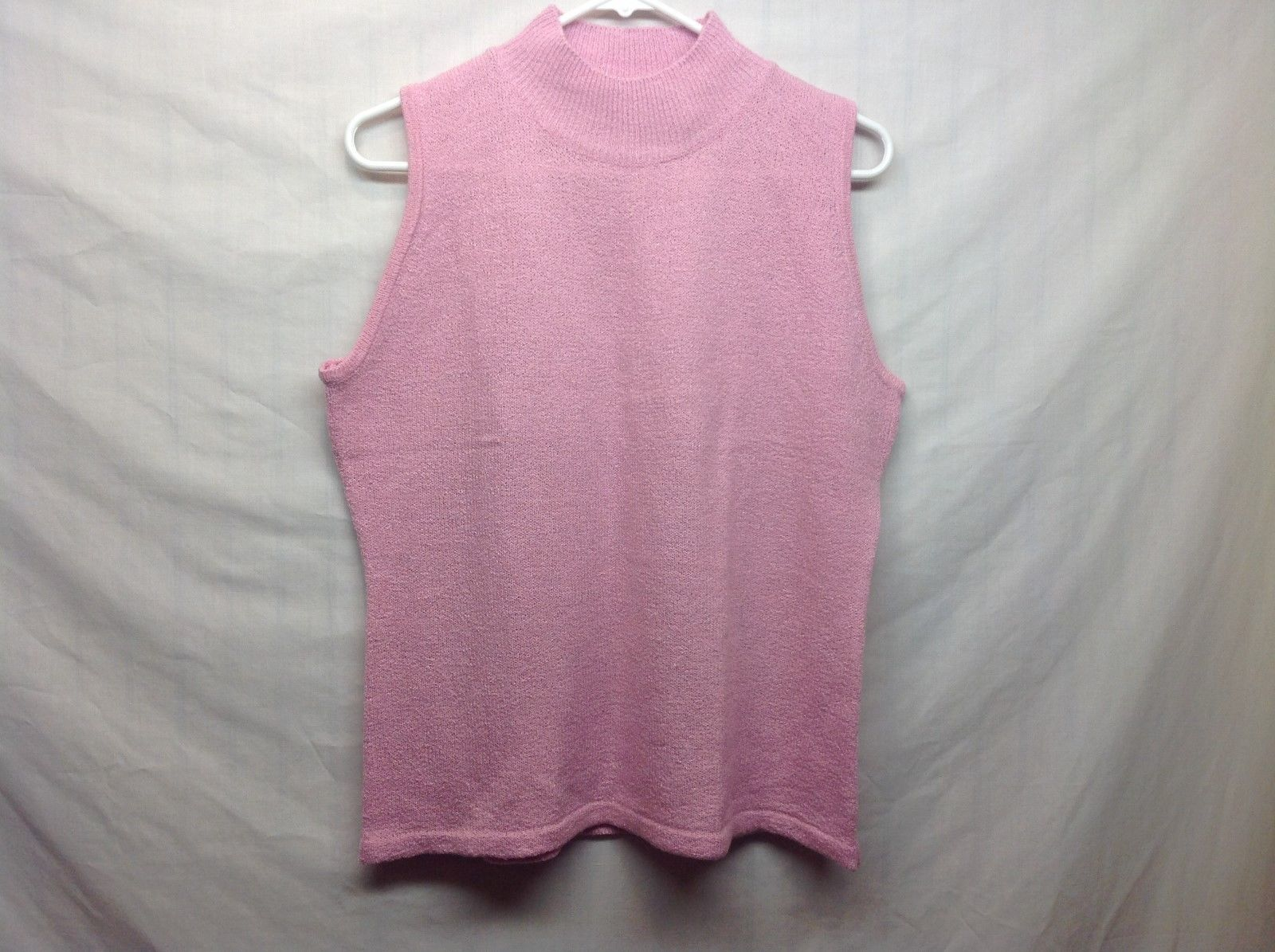 Ladies Sleeveless Pink Sweater by Carolyn Taylor Essentials Sz LG