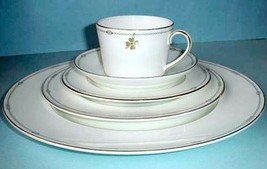 Monique Lhuillier Royal Doulton Charms 5 Piece Place Setting Made in England New - $72.90