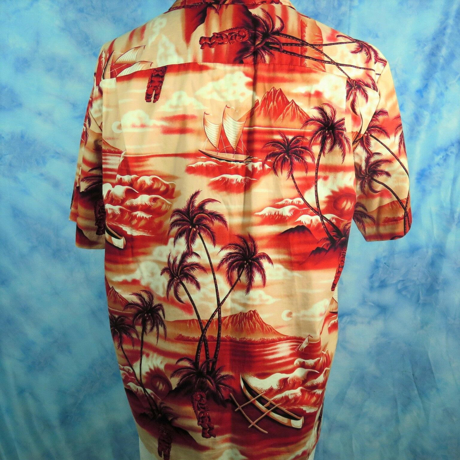 Royal Creations Mens L Hawaiian Aloha Shirt Red Tiki Diamond Head Outrigger Palm