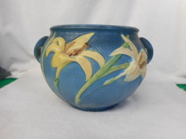 "Vintage Roseville Pottery Blue Day Lily Jardinere USA 671-6"" - $173.75"