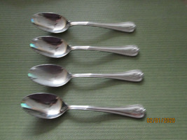 Lenox Butlers Gourmet set of 4 place / oval soup spoons - $22.72
