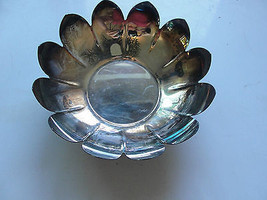 Reed & Barton 3002 serving bowl, water lily shape, silver plated ware, old - $29.55