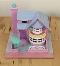 Vintage 1993 Polly Pocket Bluebird Light Up Bay Window Country Blue & Pi... - $29.95