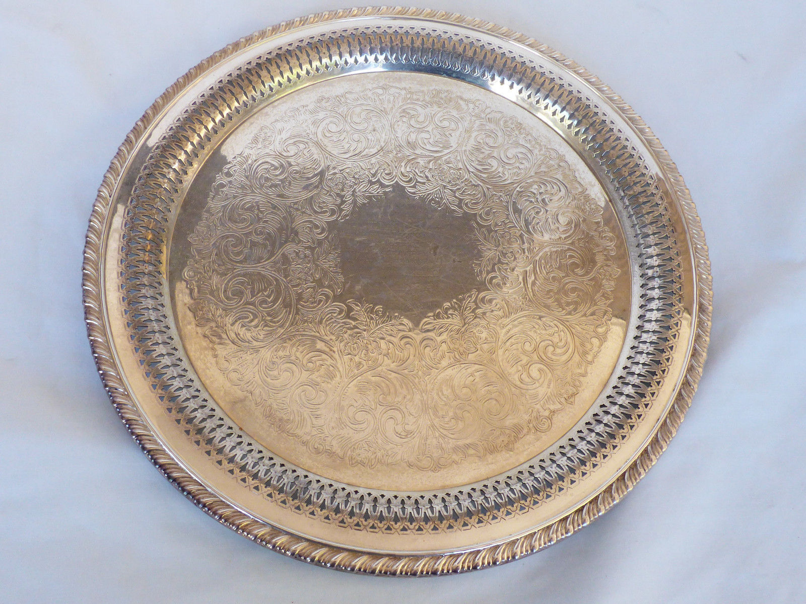 "Primary image for VTG Wm. A. Rogers by Oneida Silver Plated 12"" Serving Tray round pierced edge"