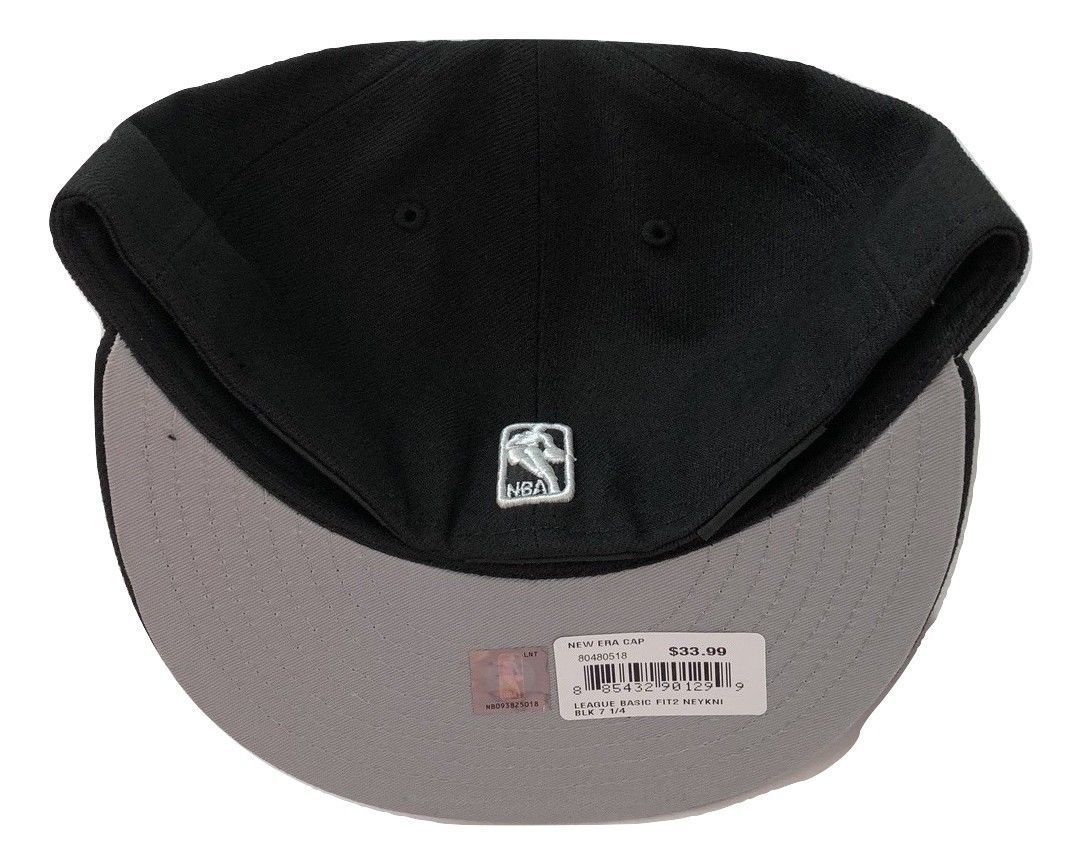 NWT New York Knicks New Era 59Fifty Black & White Fit2 Size 7 1/4 Fitted Hat