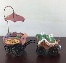 H.V. Series Dept. 56 Mistletoe And Doolittle's Flowers Decor - $11.30