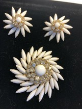 Vintage Signed Judy Lee Milk Glass Rhinestone Pin Clip Earring Set Brooc... - $70.53