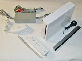 Wii Model RVL-001 Gamecube Compatible All cords 1x Controller Canadian s... - $77.50