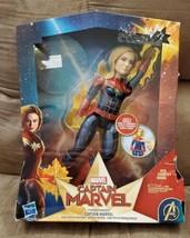 Captain Marvel Photon Power FX Electronic Energy Blasting Super Hero Do... - $9.90