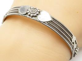 925 Silver - Vintage Floral Love Heart Ribbed Twist Bangle Bracelet - B4733 - $53.95