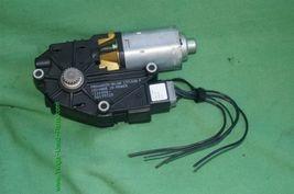 06-13 Volvo C70 Convertible Trunk Actuator Motor P/N: 1716533A image 6