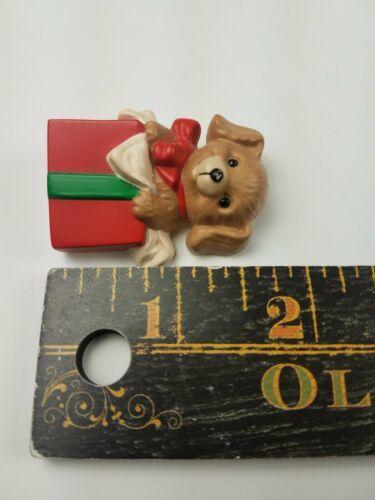 Hallmark 1989  Holiday Christmas Pin Puppy Dog Inside Present Box image 3