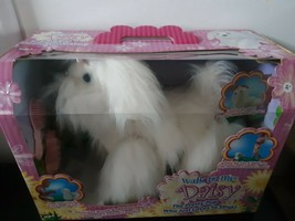 Walk To Me Daisy Dog Pretty Pup With Remote Control 2003 MGA Toys In Box - $123.70