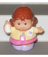 Fisher Price Current Little People Mom with bottle FPLP parent - $3.00