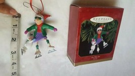 RETIRED W/BOX ON THIN ICE SKATES WITH FLOYD DOG MAXINE'S CHRISTMAS ORNAM... - $5.59