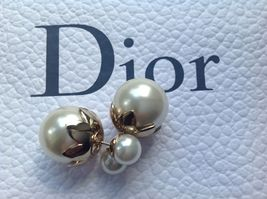 Pre-owned Authentic Christian Dior Petal Mise En Dior Tribal Pearl Earrings  image 2