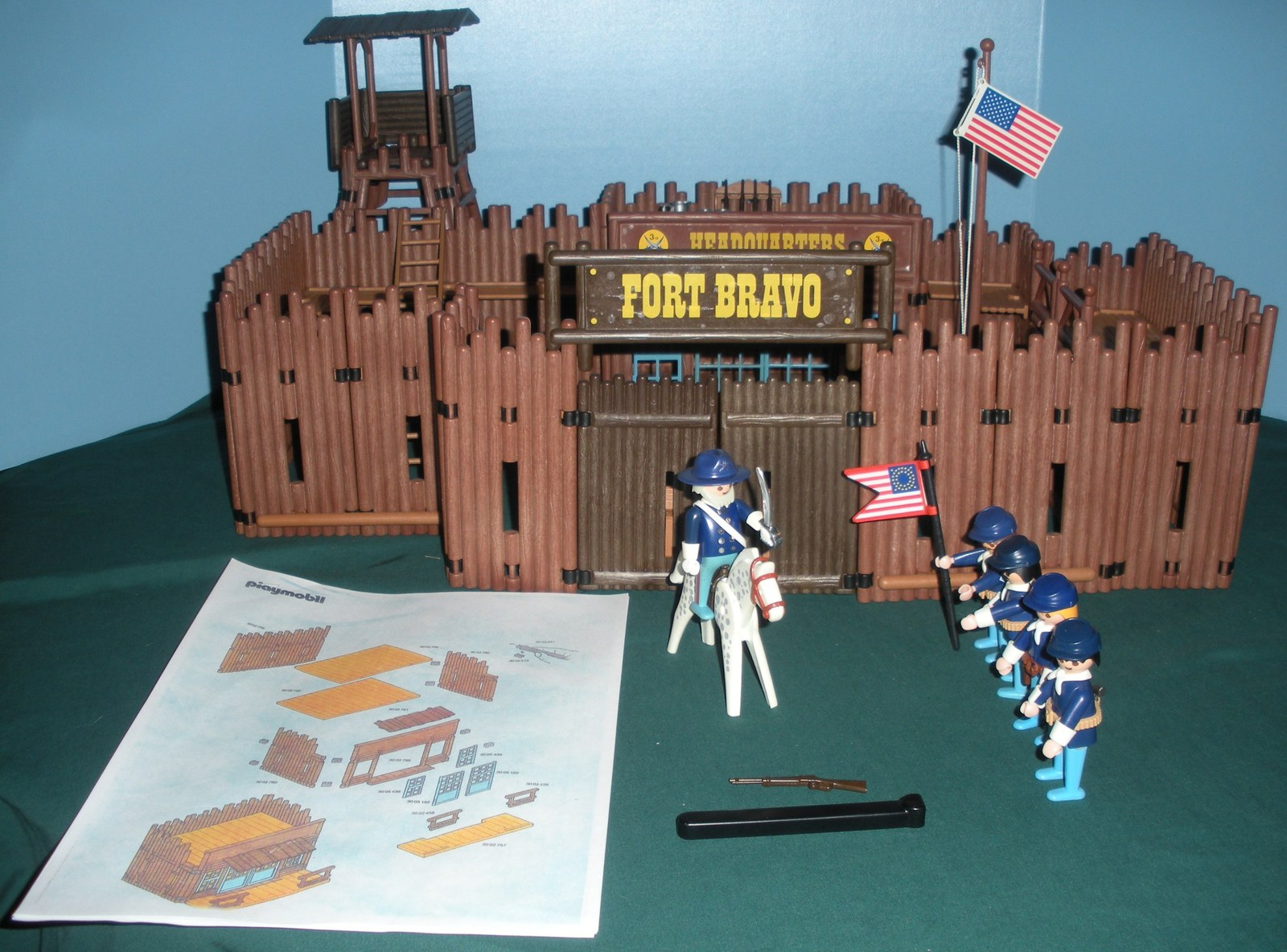 Primary image for Vtg. Playmobil #3773 Fort Bravo Complete/EXC++-NEAR MINT! (H) (ret.)
