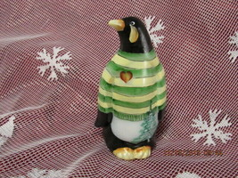 FENTON ART GLASS 2017 FGS EXCLUSIVE HP PENGUIN FIGURINE LE #1/7 - $135.00