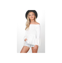 Boohoo Women's Verity Flare Sleeve Peplum Top Ivory Size US 6 NWT - $9.89