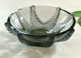 Lalique French Crystal Coupelle Cerianthe or Small Bowl Mint Signed Authentic - $173.25