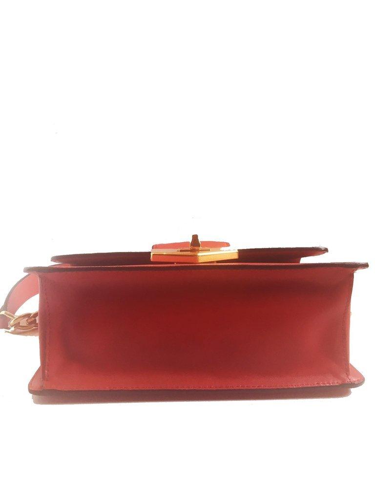 cfbad51bdf9f Prada Women's Red Saffiano Handbag 1BD089 and 50 similar items