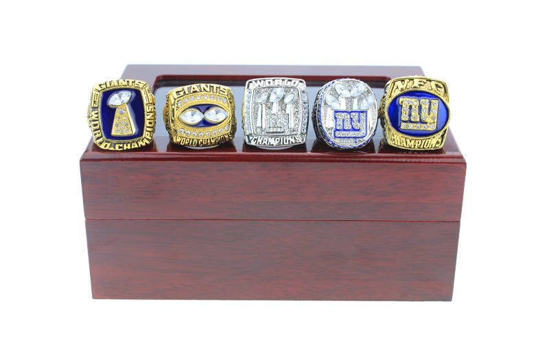 New York Giants Super Bowl Championship Ring Set (Size 11) In Wooden Display Box