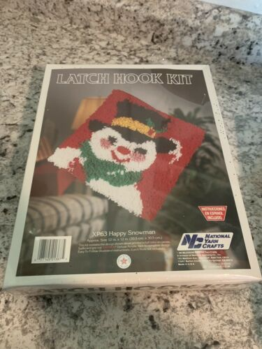 NATIONAL Yarn Crafts Christmas Latch Hook Kit Happy frosty Snowman 12x12 pillow