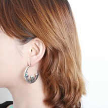 Handmade Curve Circle Hoop Earrings Made With Swarovski Stone Women Fashion Ear  - $17.99