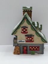 Dept 56 VTG 1990 North Pole Village Elves Elf Bunkhouse House Series Min... - $15.84