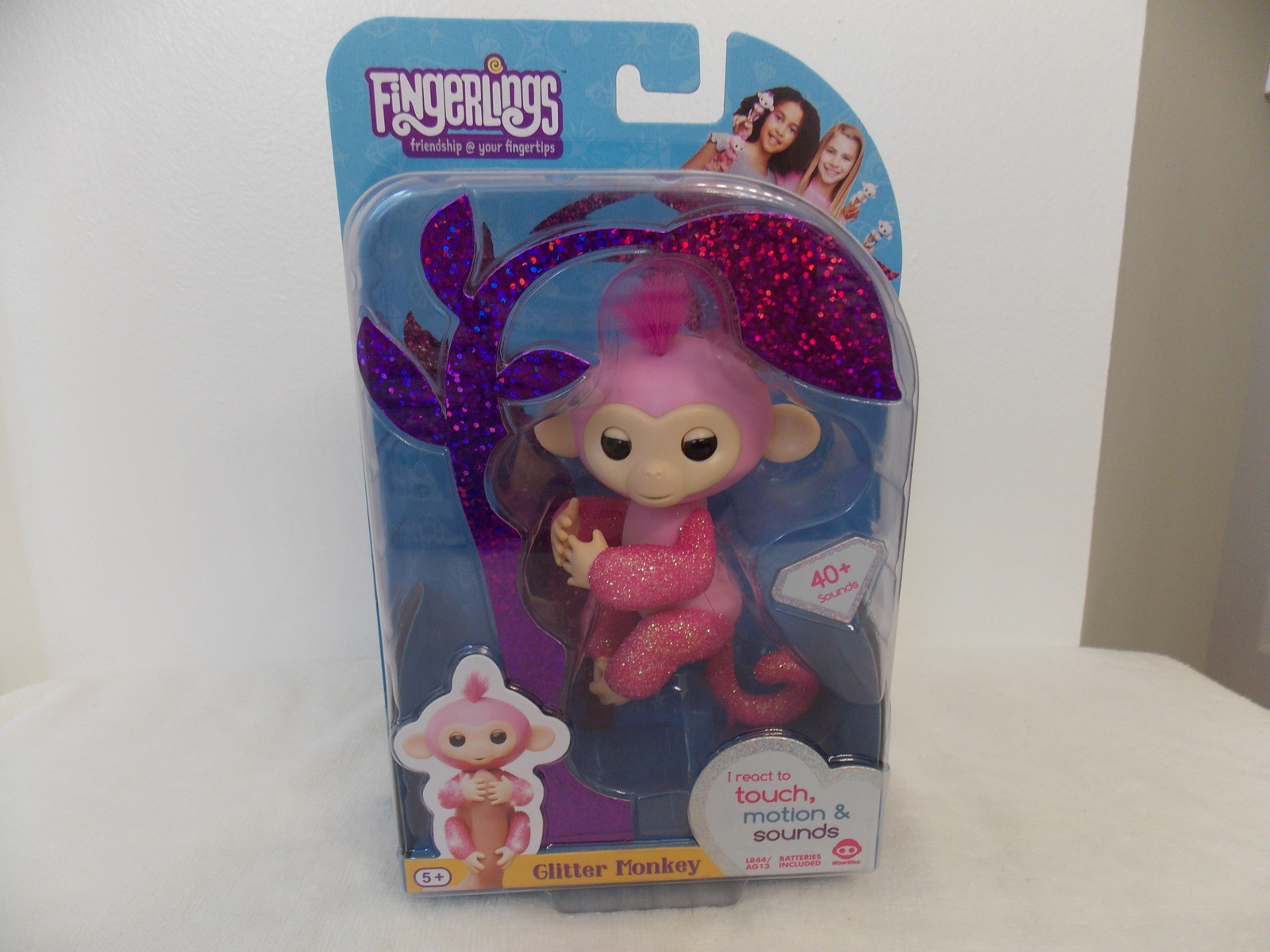 Fingerlings Glitter Rose Interactive Monkey image 1