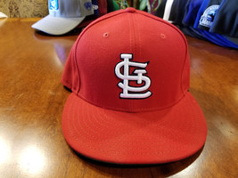 Saint Louis Cardinals Red Fitted BaseBall Cap Hat New Era Size 7 3/8 - $24.99