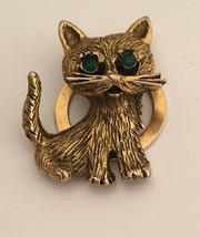 """Vintage Gold Plated Cat with Green Eyes Scarf Clip 1950s  1 1/2"""" - $7.87"""
