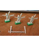 TUDOR ELECTRIC FOOTBALL QB/ Kicker Yard Marker LOT 3 white QBs W/ Green ... - $18.81