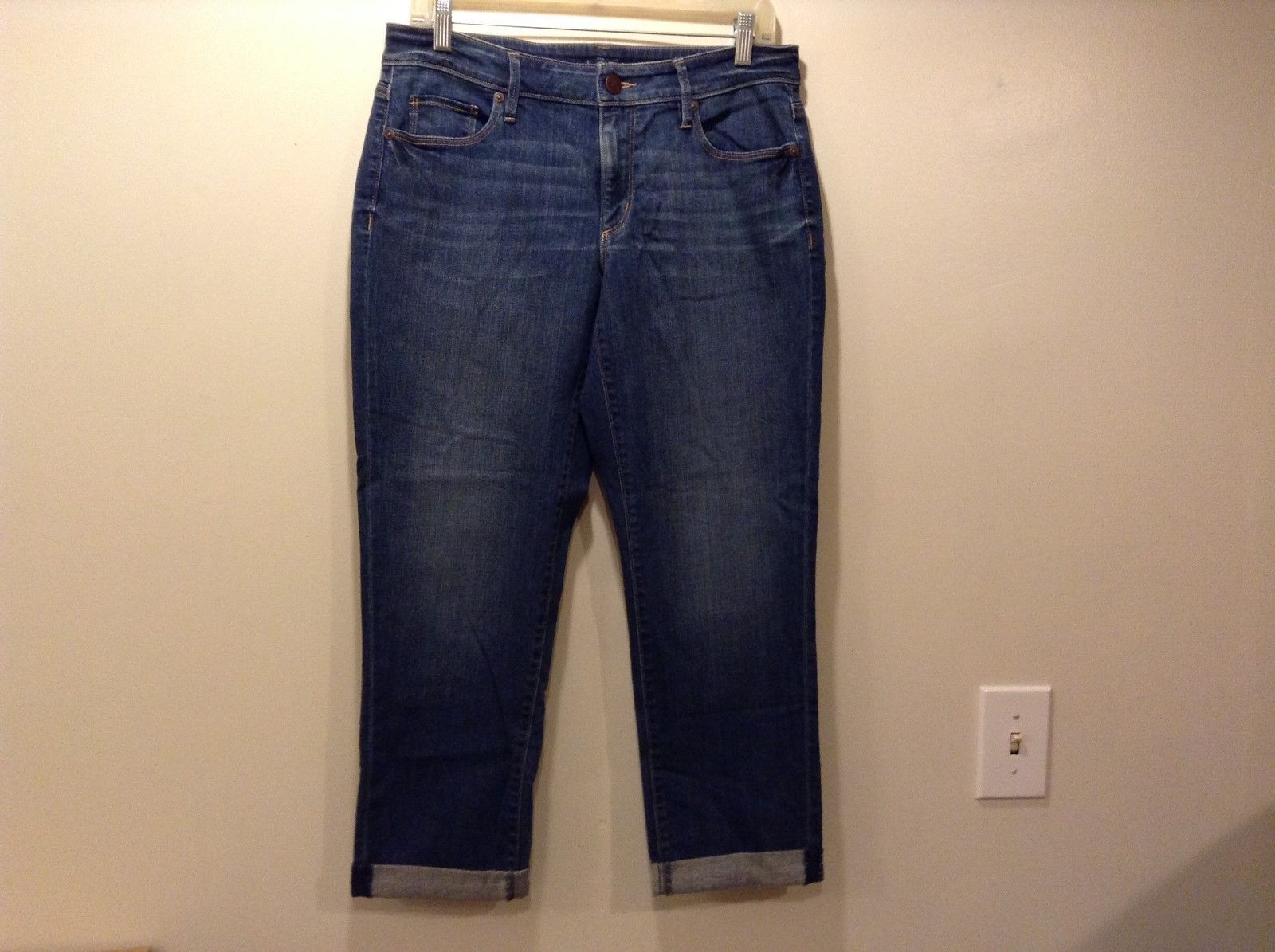 Ann Taylor LOFT Med Blue Cuffed Cropped Jeans Sz 29/8
