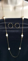 Napier Gold-tone Chain w/ SUMMER WHITE BEAD Necklace & Hoop earrings VTG... - $4.48