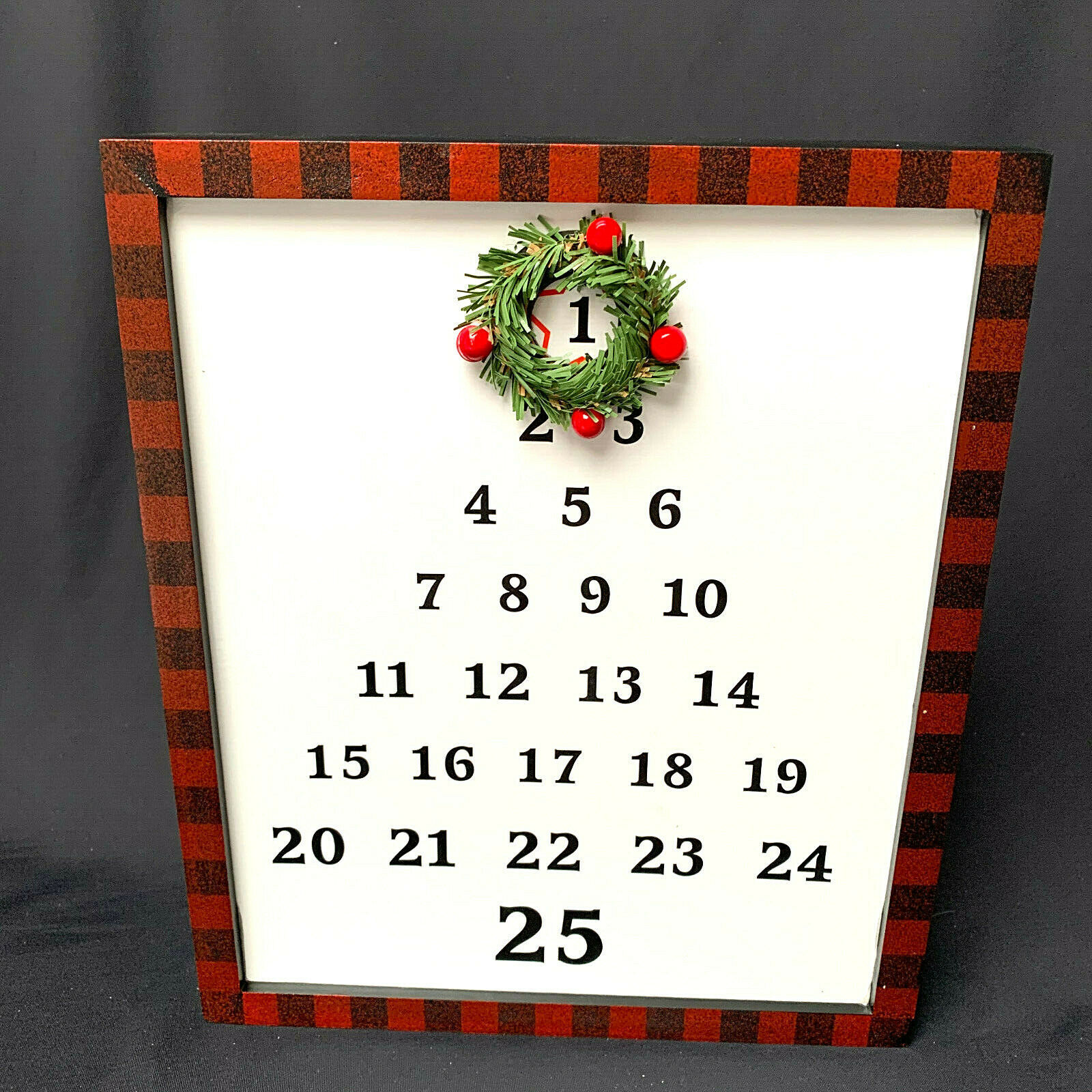 Primary image for Magnetic Christmas Tree Calander Wreath Red Black Trim On Frame