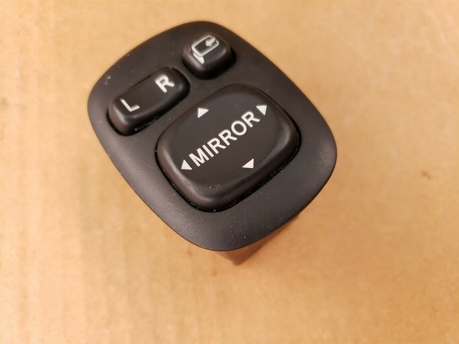 04-07 Toyota Sequoia Limited Mirror Switch W/ Pwr Fold 84870-0C030