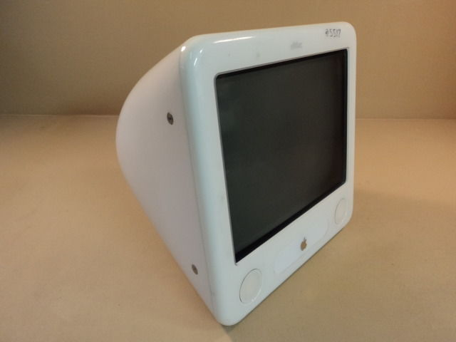Apple eMac 17in 800MHz PowerMac PowerPC G4 White 40GB Hard Drive A1002 EMC 1955