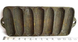 Early Antique Wagner Ware Cast Iron Corn Bread Cobs - $84.84 CAD