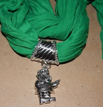 "Holiday Charm Scarf Green Open Kind 66"" Long Be Jolly Different Charms 150Y - $4.49"