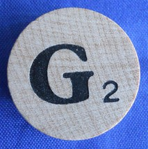 WordSearch Letter G Tile Replacement Wooden Round Game Piece Part 1988 Pressman - $1.45
