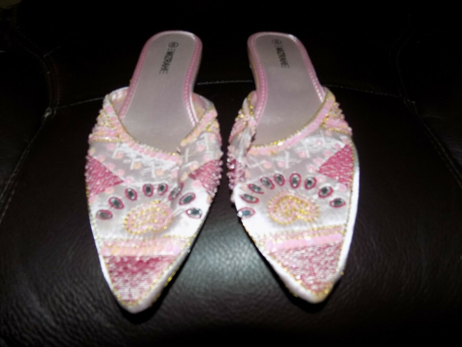 Isaac Mizrahi Pink Rhinestone Slippers Size 8 Women's EUC - $20.24