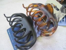 2 Goody Classics Gwyneth Large Claw Clips Black & Brown Tortoise Plastic Wavy - $10.00